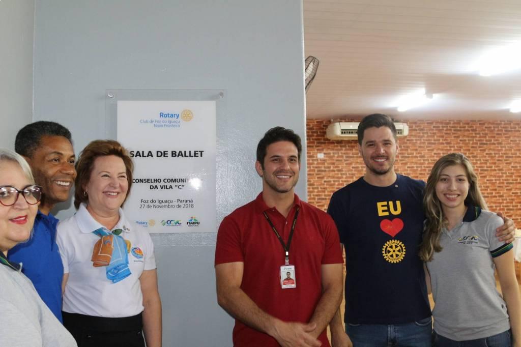 Inauguração da Sala de Ballet reformada pelo Rotary Club Nova Fronteira, o local atende 160 bailarinas